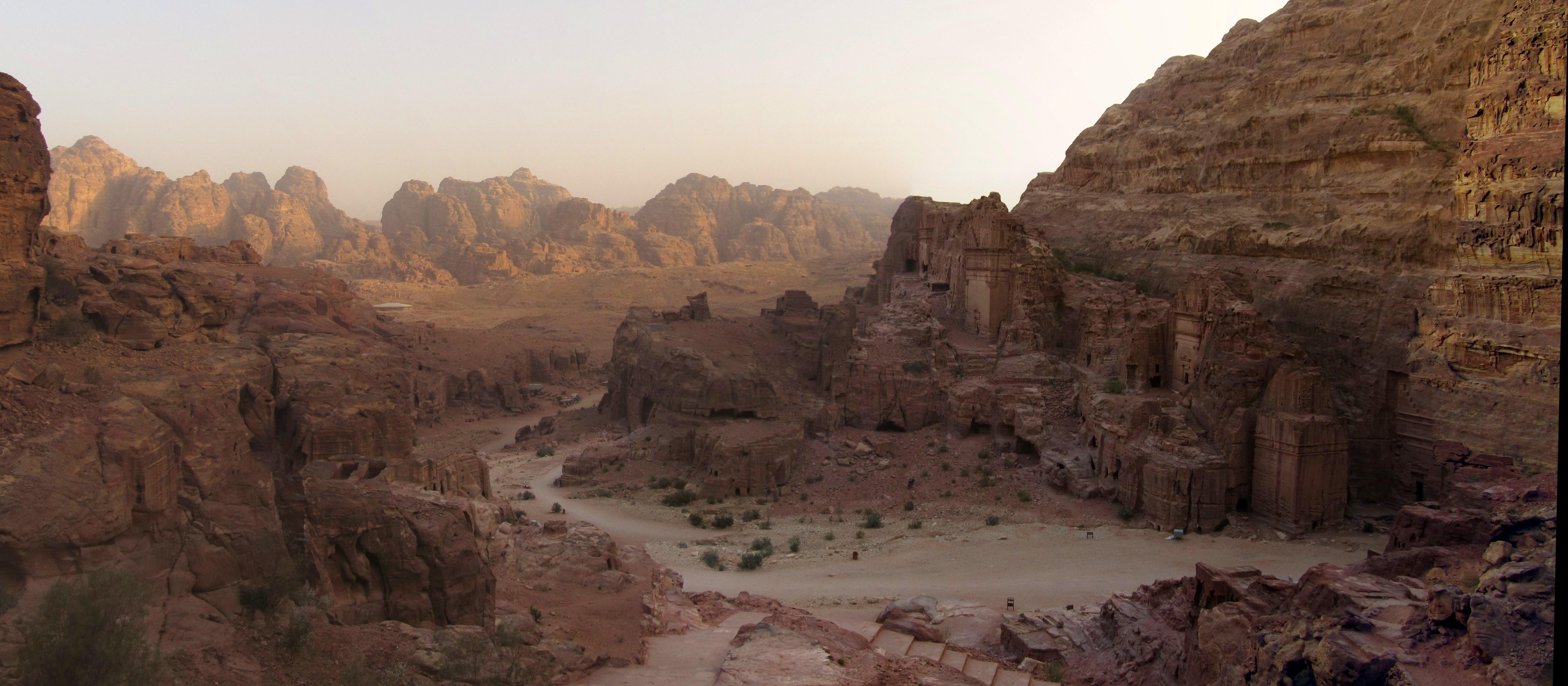 jordanien v petra schreckgespenst. Black Bedroom Furniture Sets. Home Design Ideas